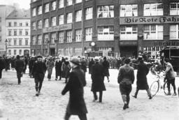 Closure of the Karl Liebknecht House, 1932