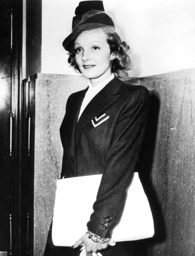 Marlene Dietrich in Los Angeles
