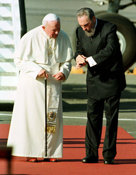 FILE PHOTO OF CUBAN LEADER CASTRO WITH THE POPE