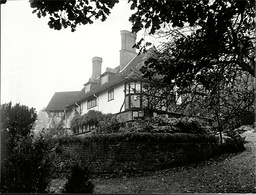 Home Owned By John Lennon Of The Beatles St. George's Hill Weybridge 1968.