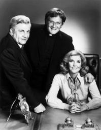 KATE MCSHANE, from left: Sean McClory, Charles Haid, Anne Meara, 1975.