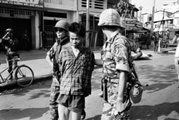 Nguyen Van Lem; Bay Lop