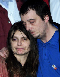 SARA AND MICHAEL PAYNE AT THE TRIAL OF ROY WHITING AT LEWES