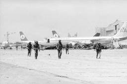 BEIRUT AIRPORT 1982
