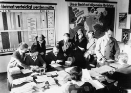 Collection of signatures for a general disarmament in Europe, 1932