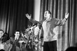 Lecture evening of poet Yevtushenko in Munich