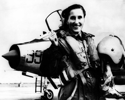 Aviatrix Diana Barnato Walker 1918 - 2008