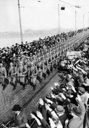 Entry of German soldiers in Mainz, 1936
