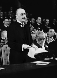 Heinrich Bruening during a speech in front of the League of Nations, 1932