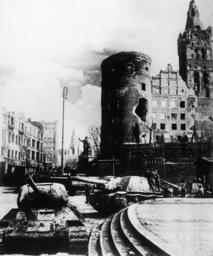 Einnahme v.Königsberg/Sowjet. Panzer... - Capture of Koenigsberg / Soviet troops -