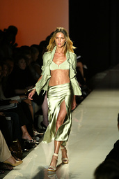 Donna Karan Spring/Summer 2004 Collection
