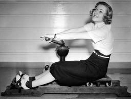 Joan Fontaine - 1937