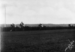 Hoppegarten-Rennen 6.6.1923 - Hoppegarten Race 6.6.1923 / Photo -