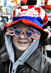 Wesley King wears a patriotic hat and glasses in Times Square in New York