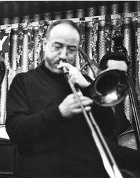 George Chisholm Trombonist Playing At The 'fishmongers Arms' Wood Green London. Box 631 1630091518 A.jpg.
