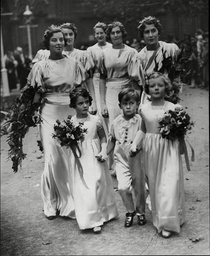 Wedding At St Margaret's Westminster Of Mr John Tristram Barstow And Miss Diana Yarnton Mills Picture Shows The Bridesmaids