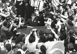 Jeremy Thorpe Is Mobbed By The Press Aftter Being Foungd Not Guilty At The Old Bailey Thorpe Was Put On Trial At Number One Court At The Old Bailey On 8 May 1979 A Week After Losing His Seat. He Was Charged With Attempted Murder And Conspiracy To Mur