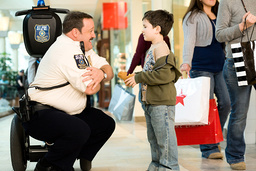 PAUL BLART: MALL COP, from left: Kevin James, Dylan Clark Marshall, 2009. ©Sony Pictures/courtesy Ev