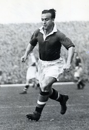 Harry Mcshane Manchester United Footballer. He Was The Father Of Actor Ian Mcshane And Died In November 2012.