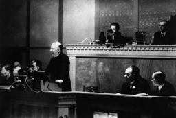 Brüning Rede in Genf 1932 / Foto - Brüning Speech in Geneva 1932 / Photo -