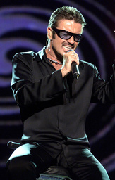 GEORGE MICHAEL PERFORMS AT NETAID IN WEMBLEY