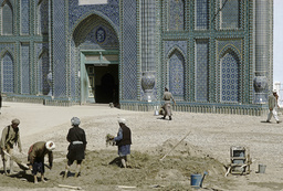 Mazar-i-Sharif, Blaue Moschee, Restaurierung 1968 - -