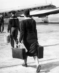 Stewardess on the way to a Focke-Wulf 200 Condor, 1938