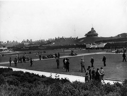 Fleetwood Lancashire - 1938 - Shows Bowling Green Action . Rexscanpix.