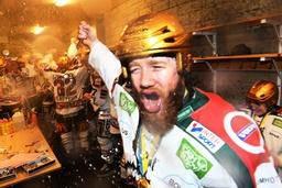 Frölunda besegrade Skellefteå och tog SM-guld i Ishockey. SHL, final 5:7, Skellefteå-Frölunda 3-5
