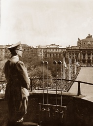 Hitler on the balcony of Vienna city hall, 1938