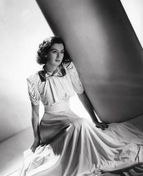 Rosalind Russell - 1937