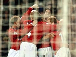 Soccer - FA Barclaycard Premiership - Manchester United v Derby County