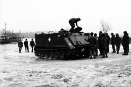 A U.S. tank sinks in the Rhein - Three dead persons