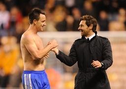 Soccer - Barclays Premier League - Wolverhampton Wanderers v Chelsea - Molineux