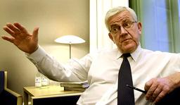 Lars Engqvist, socialminister