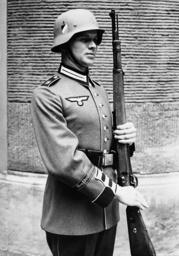 Rifleman of the infantry regiment 'Grossdeutschland', 1939