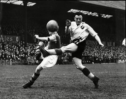 Jimmy Clough In Play During Crystal Palace V Norwich Match In 1949.