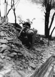 Schlacht um Berlin/Ausbildung/Volkssturm - 'Volkssturm' soldier / Berlin / 1945 -