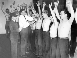 American recruits are being examined, 1935