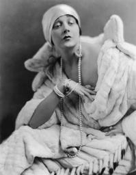 Barbara La Marr - 1923