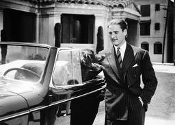 Errol Flynn (c1938)