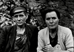 Mr And Mrs Cornelius Lynch Aunt And Uncle Of Timothy John Evans Hanged For Murder.
