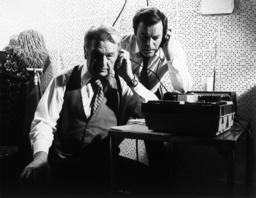 SWITCH, from left: Eddie Albert, Robert Wagner, 1975-78.