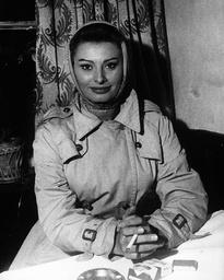Actress Sophia Loren 1934 -