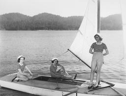 Three Smart Girls - 1937