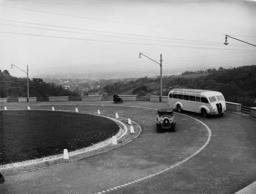 Traffic on the Vienna Hoehenstrasse to Kahlenberg, 1938