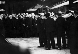 Arrival of the corpse of Jean Louis Barthou in Paris, 1934