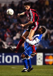 BAYERN LEVERKUSEN'S BRDARIC TRIES TO CONTROL THE BALL NEXT TO DEPORTIVO CORUNA'S BATTLE FOR THE BALL DURING THEIR CHAMPIONS LEAGUE GROUP D MATCH