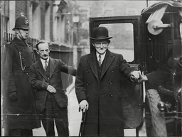 Philip Snowden Submitting To A Taxi Drivers Demands After Giving A Four Hour Budget.