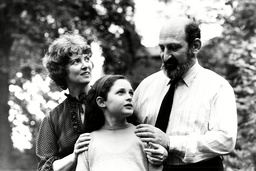 Ruth Lawrence With Her Parents Sylvia Greybourne And Harry Lawrence. Ruth Elke Lawrence-naimark ( Born 2 August 1971) Is An Associate Professor Of Mathematics At The Einstein Institute Of Mathematics Hebrew University Of Jerusalem And A Researcher In